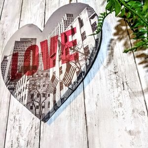 URBAN CANVAS WALL ART - heart shaped, LOVE ❤️